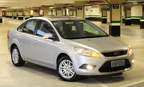 focus-sedan-i