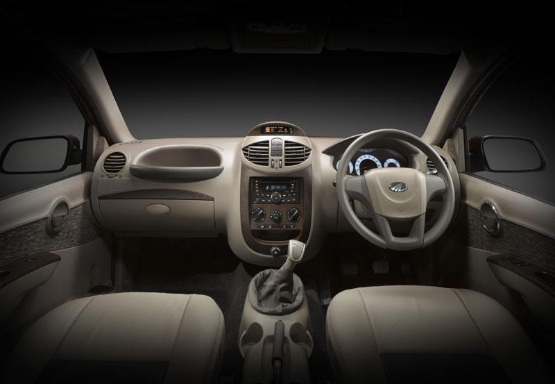 mahindra-xylo-interior-dashboard.jpg