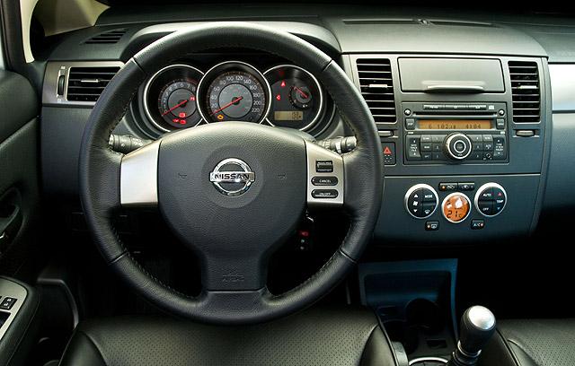 Nissan Apresenta Tiida 2009 Modelo Ganhou Motor Flex E