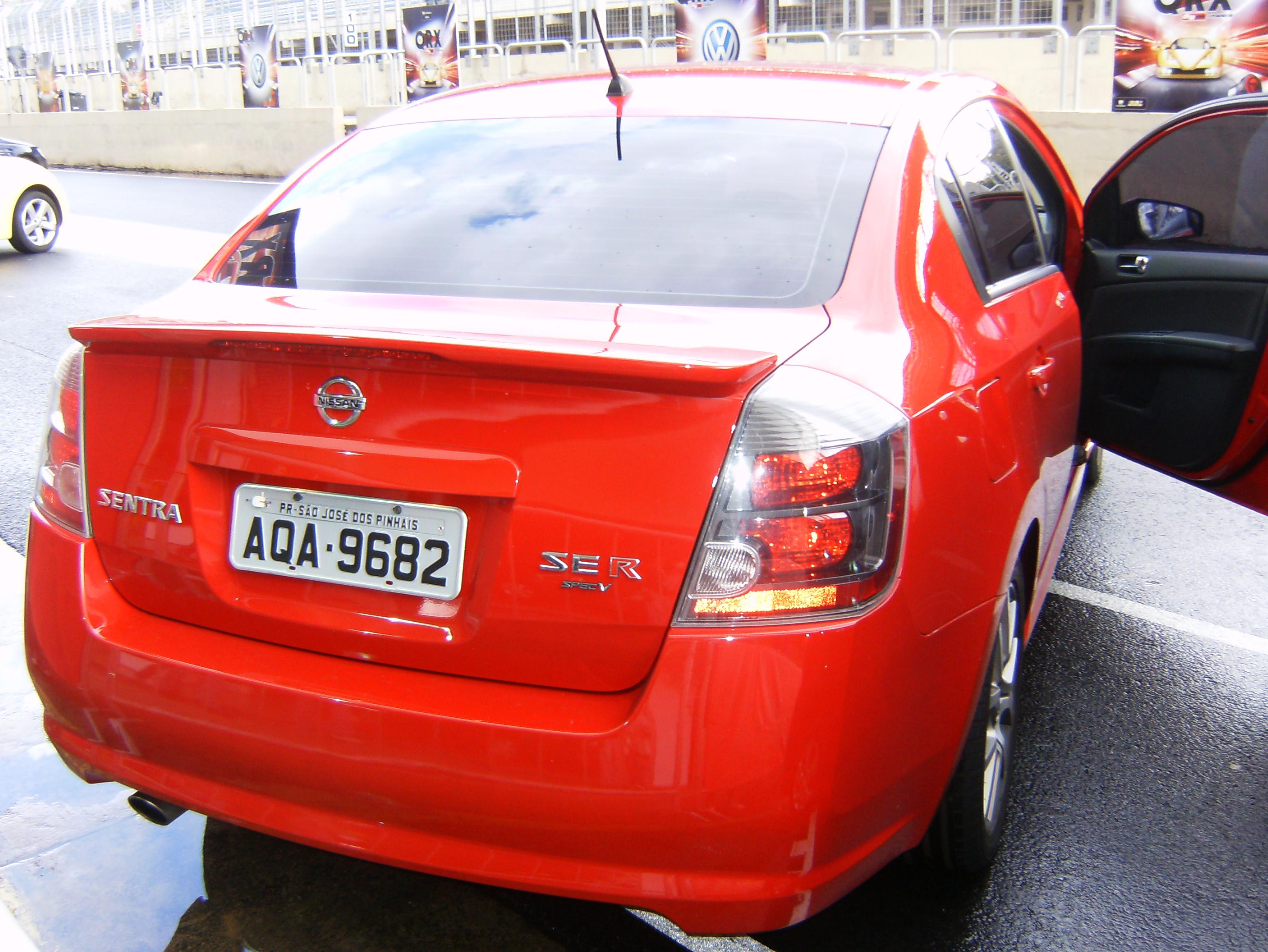 Segredo: Nissan Sentra SE-R é fotografado no Paraná | Pit Stop