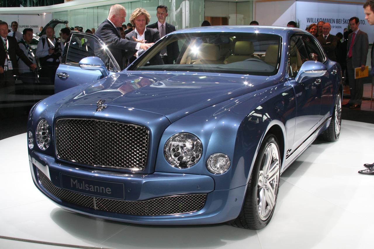 Frankfurt Bentley Apresenta Sedan De Luxo Mulsanne Pit Stop