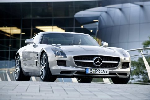 mb-sls-amg-gullwing-large_18