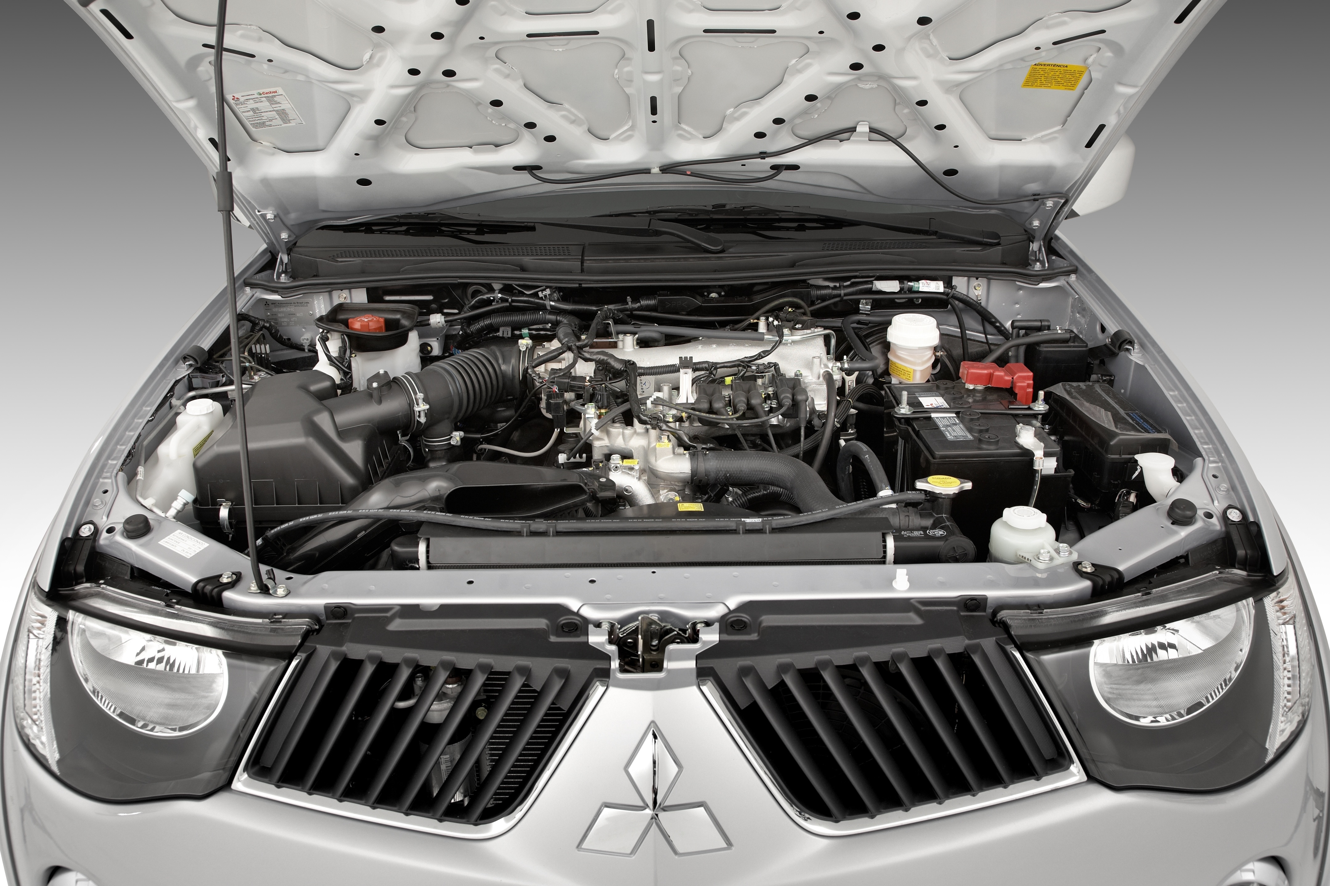 Mitsubishi Lan 231 A L200 Triton Com Motor V6 Flex A Partir De R 99 990 Pit Stop